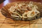 Говядина с рисовой лапшой