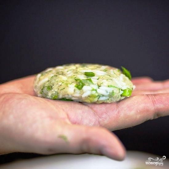Рыбные котлеты с рисом - фото шаг 11