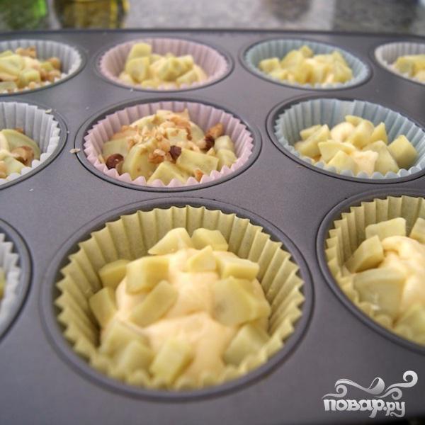 Кексы с картофелем и орехами - фото шаг 6