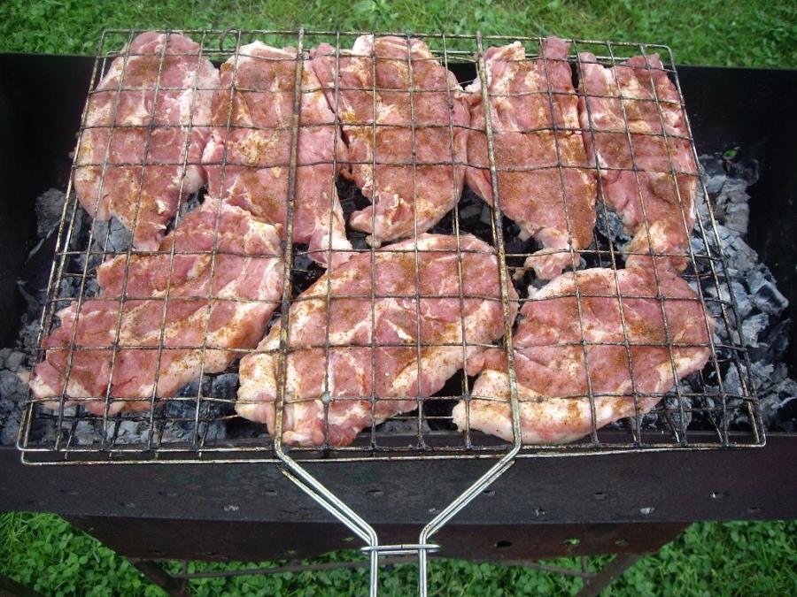 Стейк из говядины на мангале - фото шаг 2