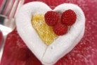 Меренги-сердечки с фруктовой начинкой