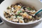 Салат с макаронами и грибами