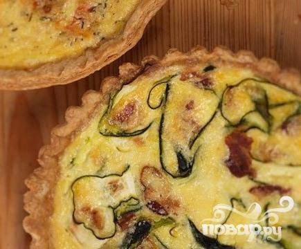 Рецепт Французский пирог Киш с беконом и цуккини