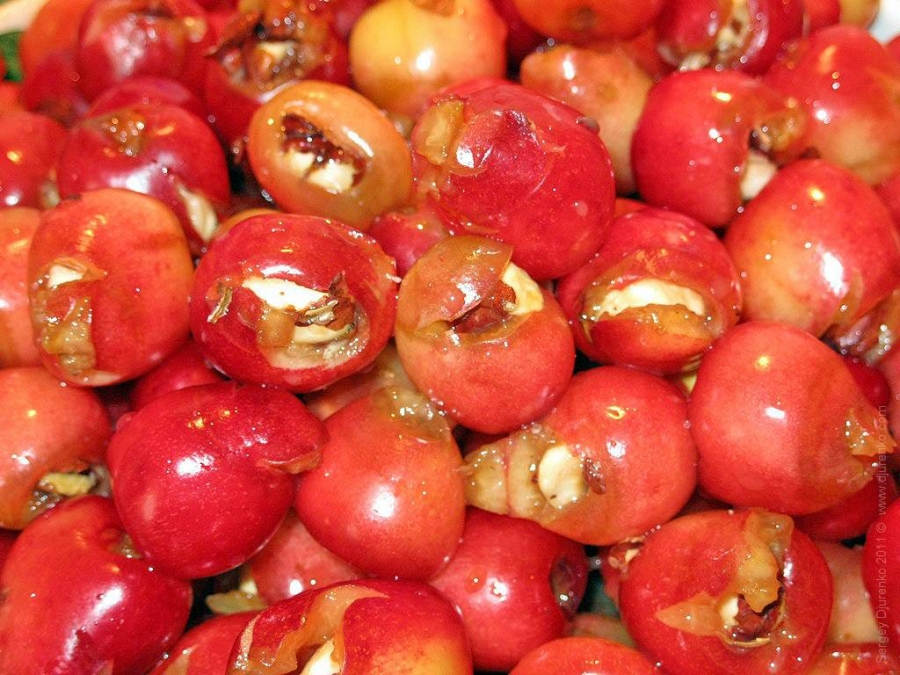 Варенье из черешни с арахисом - фото шаг 2
