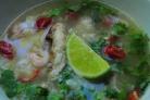 Суп с курицей и креветками