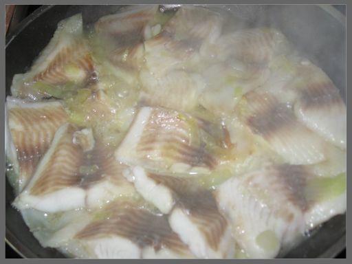 Рецепт Рыба под сметанным соусом