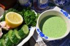 Холодный огуречный суп на йогурте