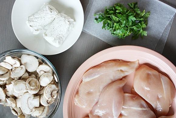 Рецепт Грудка, фаршированная грибами и сыром