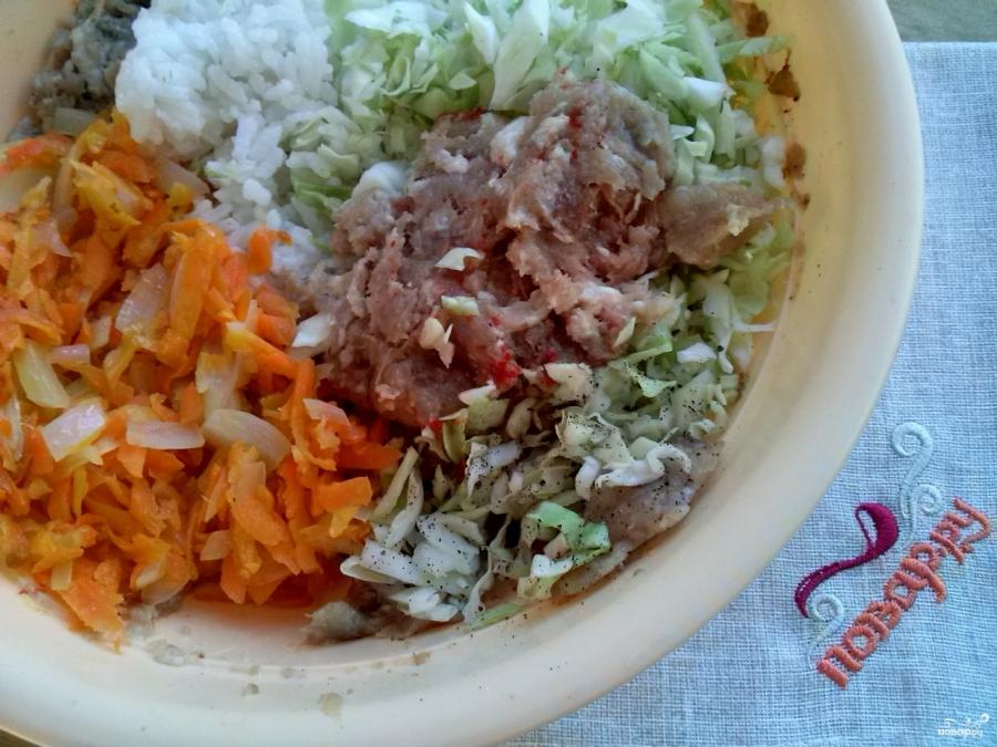 Ленивые голубцы с рисом и фаршем - фото шаг 4