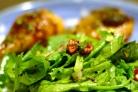 Салат Джемми из шпината и клюквы