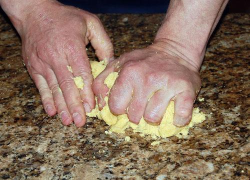Лепешки в воке - фото шаг 4