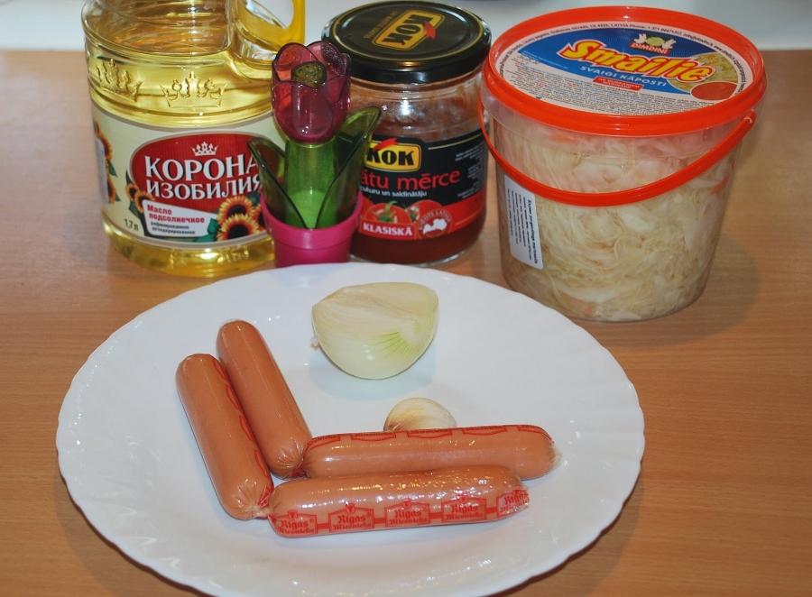 Рецепт Капуста с сосиской в мультиварке