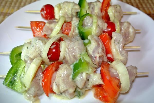 Курица на шпажках с овощами - фото шаг 7