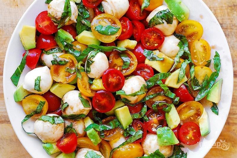 Салат авокадо рыба сыр