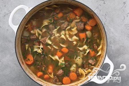 Рецепт Жаркое из говядины с картофелем и яичной лапшой