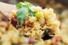 Рис с сосиской