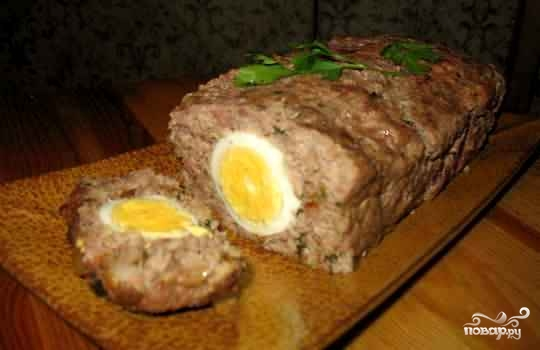 Рецепт мясного рулета с яйцом с фото