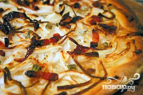 Рецепт Простая пицца с луком