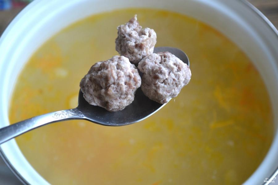 Суп с фрикадельками и яйцом - фото шаг 8