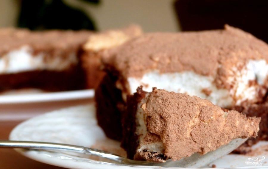 Рецепт Шоколадный пирог с безе