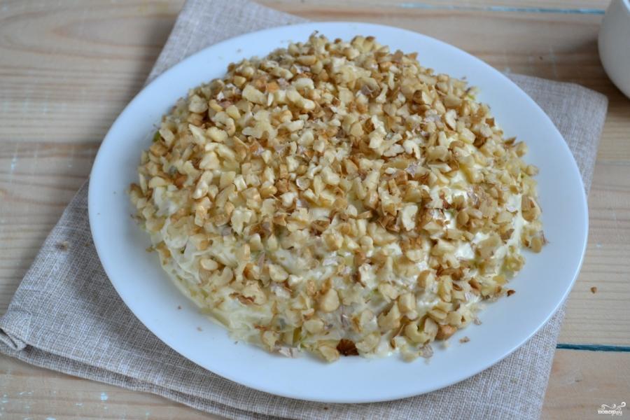 Салат с грецкими орехами - фото шаг 6
