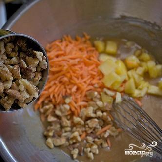 Морковно-ананасовый пирог с глазурью - фото шаг 3
