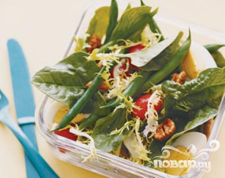 Рецепт Салат с фасолью, яйцами и помидорами