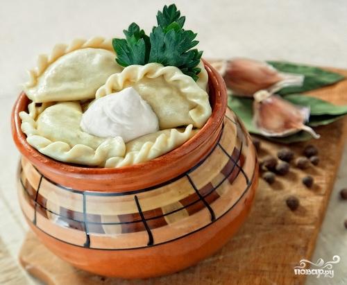 Рецепт Пельмени в горшочках с грибами