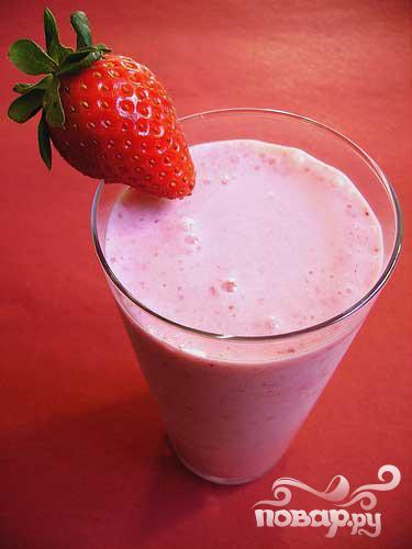 Витаминный напиток из клубники - фото шаг 4