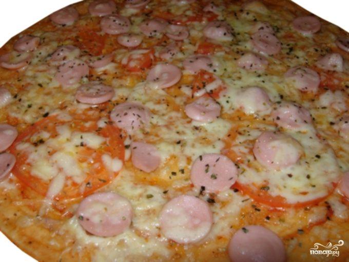 Рецепт Пицца с сосиской и сыром