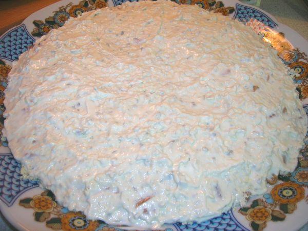 "Салат с печенью трески ""Подсолнух"" - фото шаг 9"