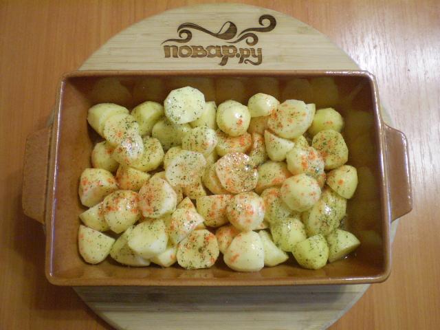 Картофель кусочками в духовке - фото шаг 5