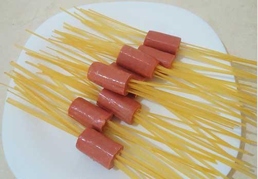 Рецепт Лапша с сосисками