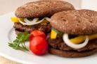 Домашний гамбургер с ржаным хлебом