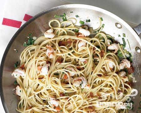 Рецепт Спагетти с креветками и беконом