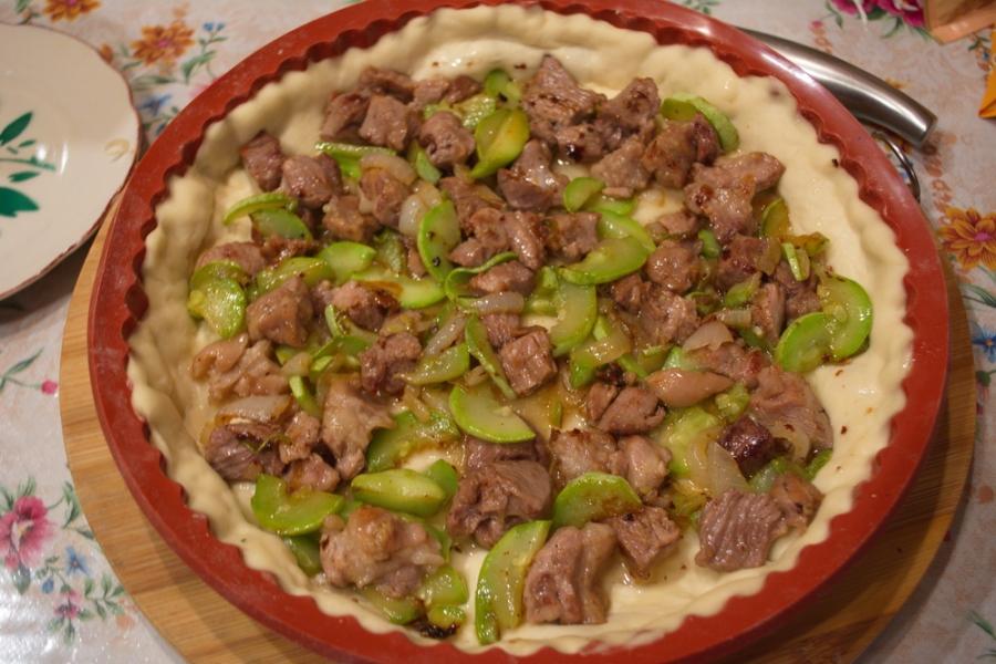 Пирог с курицей и кабачком - фото шаг 6