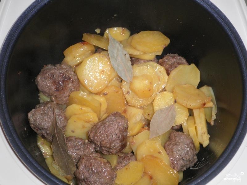 Котлеты с картошкой в мультиварке - фото шаг 7