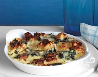 Рецепт Страта с сыром и шпинатом
