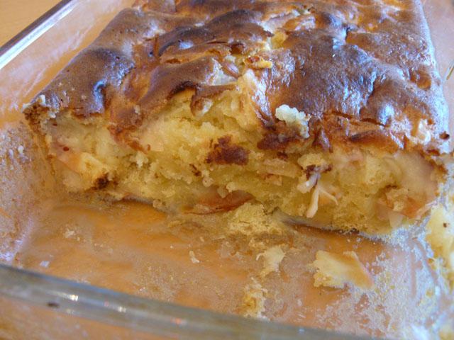 Яблочная шарлотка со сметаной рецепт с пошагово