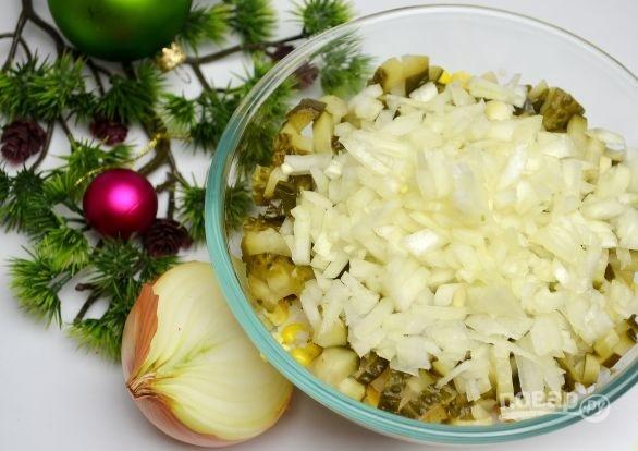 Рецепт салата из риса с копченой рыбой
