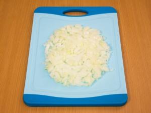 Куриные тефтели под сливочным соусом - фото шаг 2