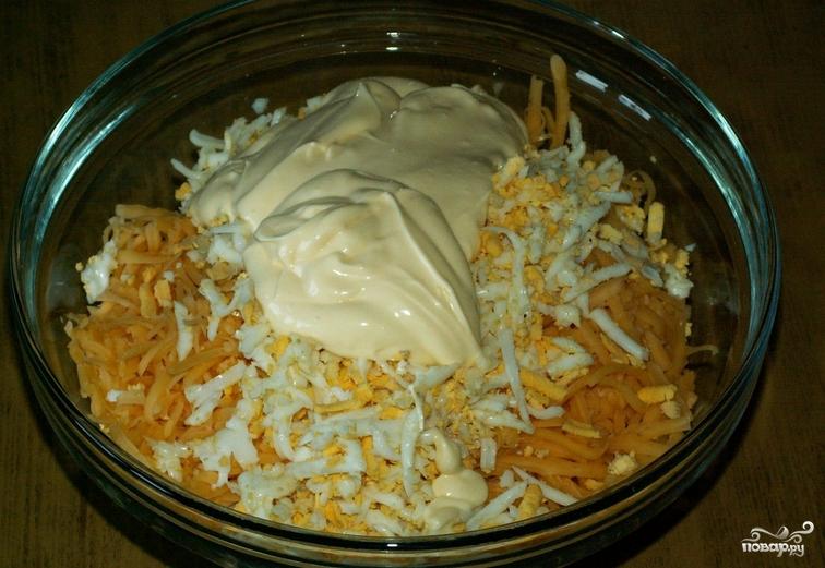 салат с кальмарами рецепт с луком и морковью