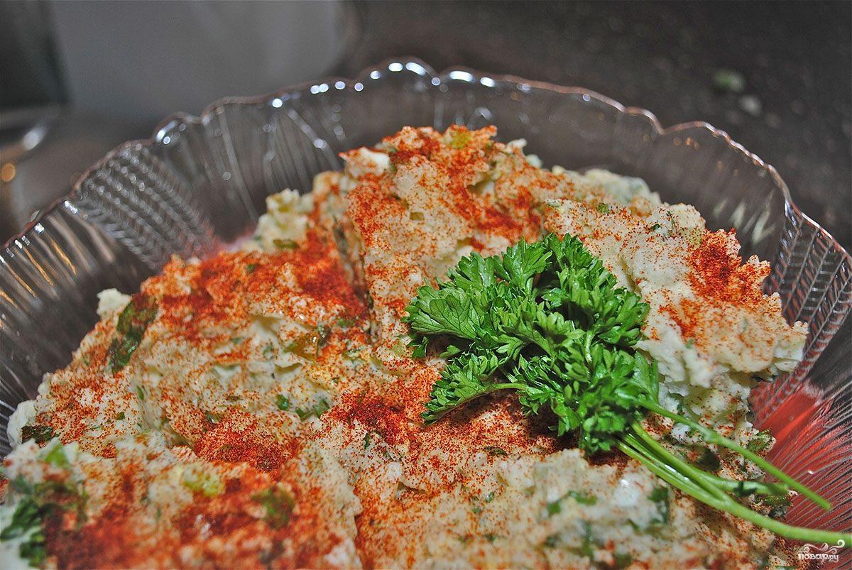 Картофельный салат с сельдереем