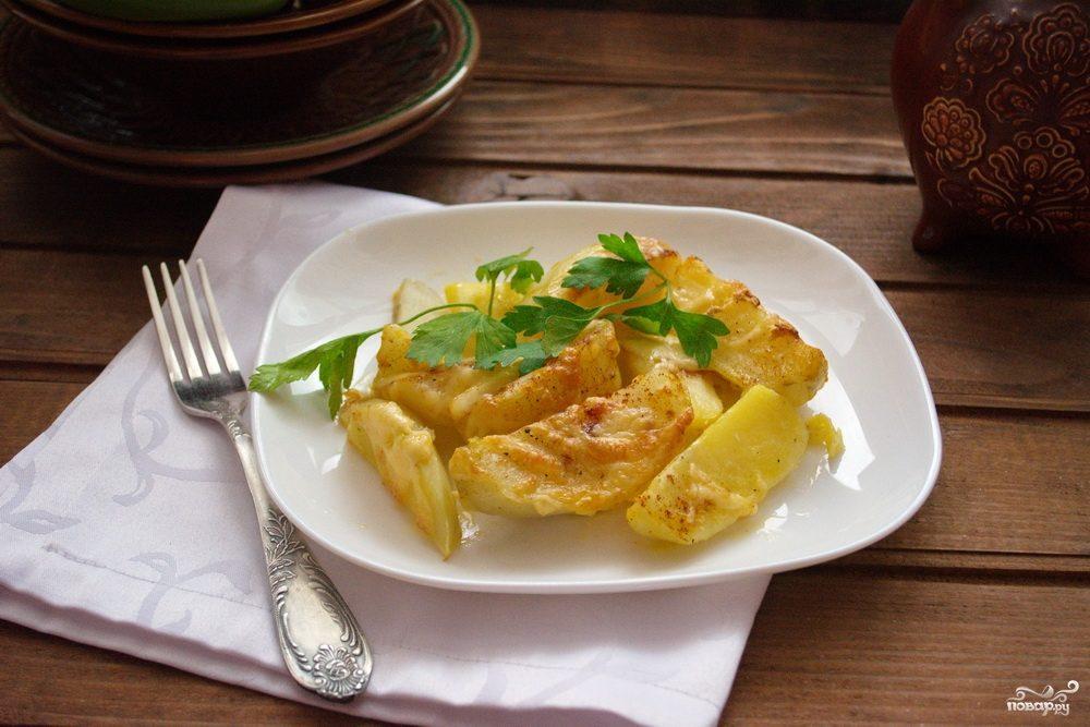 Картошка под сыром в духовке