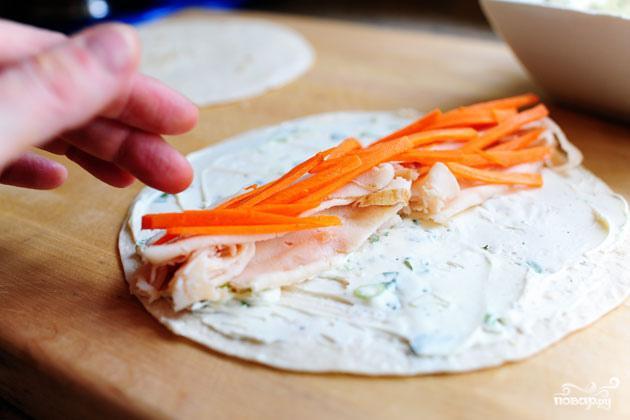 Овощные роллы из лепешек тортильяс - фото шаг 3