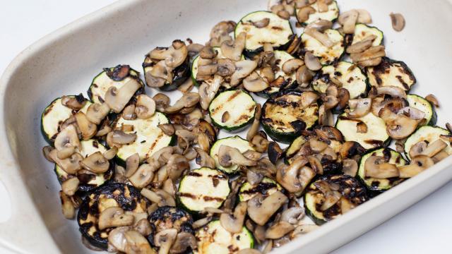Суфле из кабачков под грибным соусом  - фото шаг 6