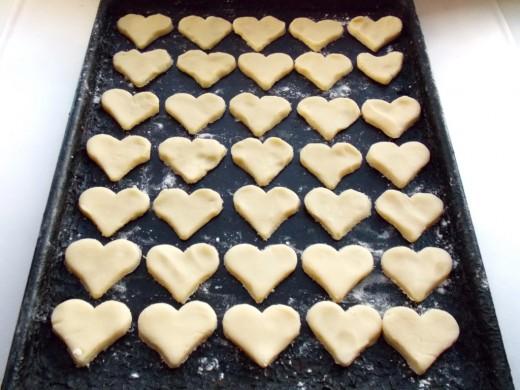 Печенье в форме сердечек - фото шаг 4