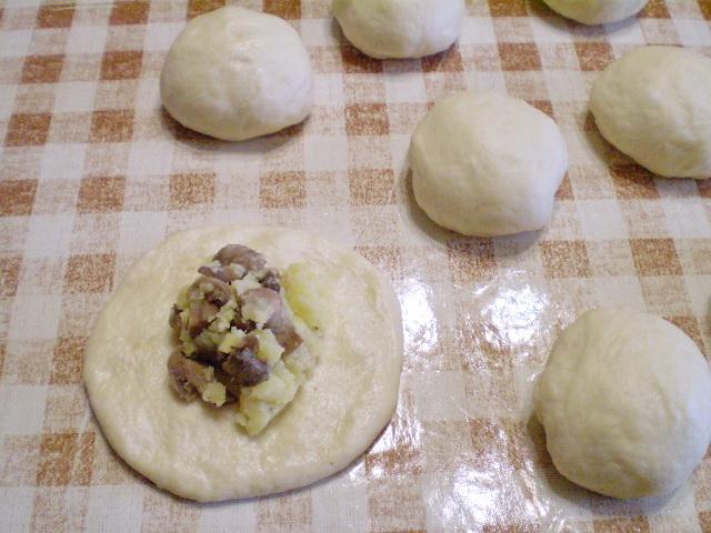 Пирожки постные с грибами - фото шаг 11