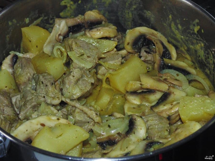 Карри со свининой и грибами - фото шаг 8