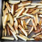Рецепт Говядина с картофелем-фри и соусом